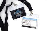 Identiteitskaart met badge en zwart keycord